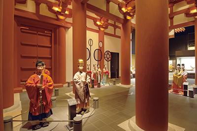 時代を学べる常設展示のほか、特別展も実施している。