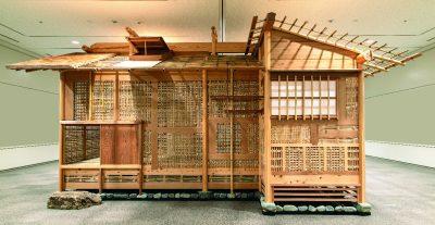 茶室「蓑庵」(大徳寺玉林院・重要文化財)の大構造模型を展示(竹中大工道具館蔵)